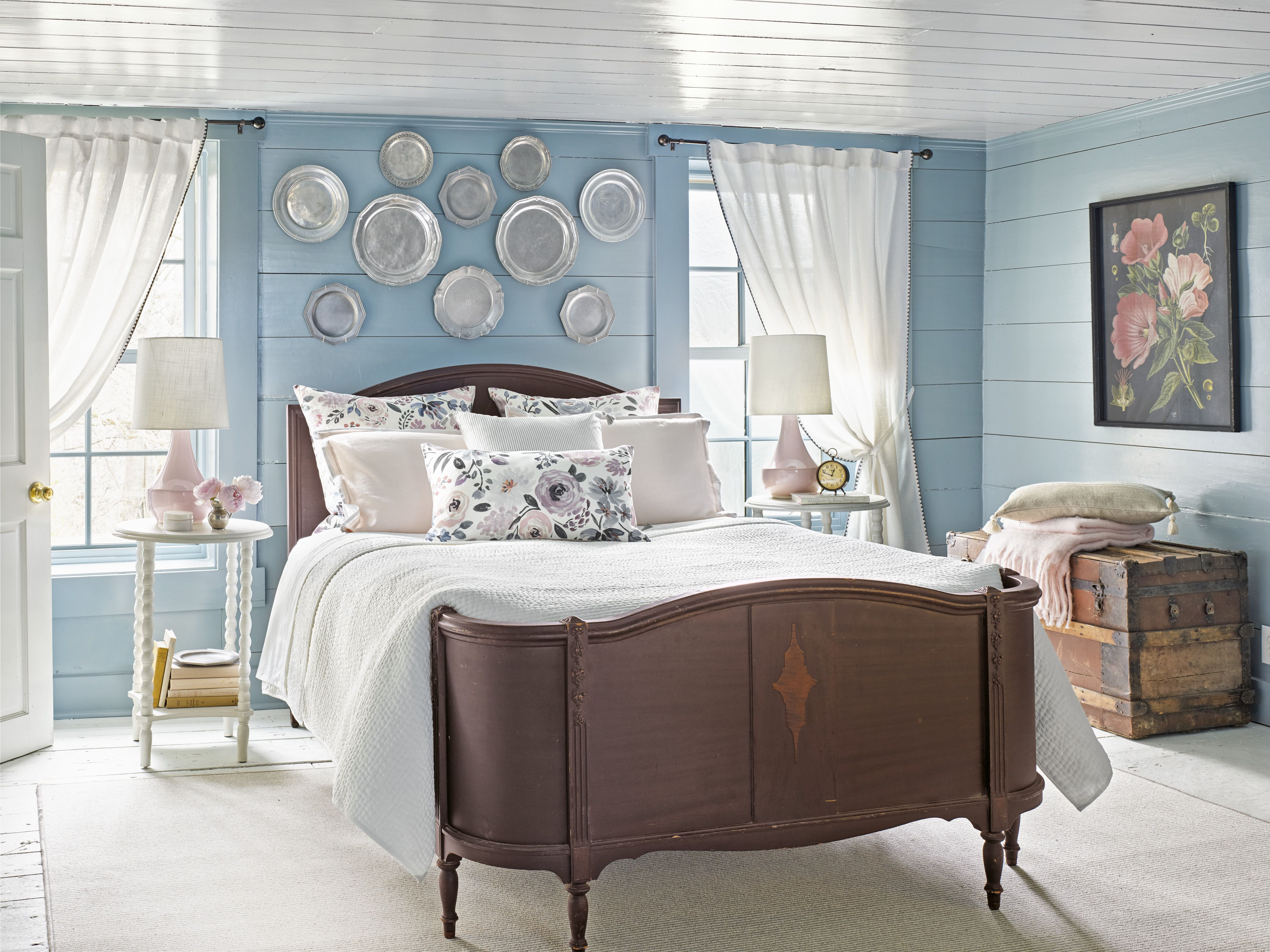 15 Best Paint Colors For Small Rooms Painting Small Rooms inside dimensions 4350 X 3261