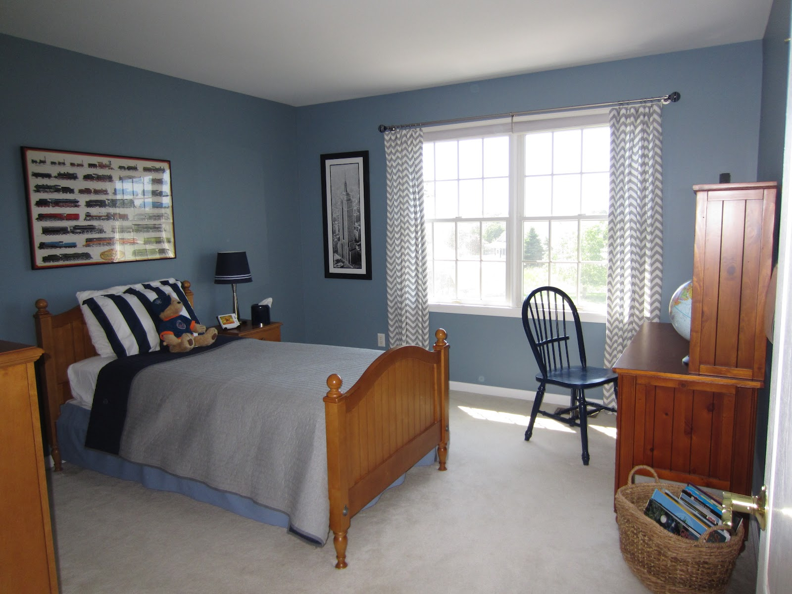 Amazing Boy Bedroom Design Ideas With Light Blue Wall Paint Themes with dimensions 1600 X 1200