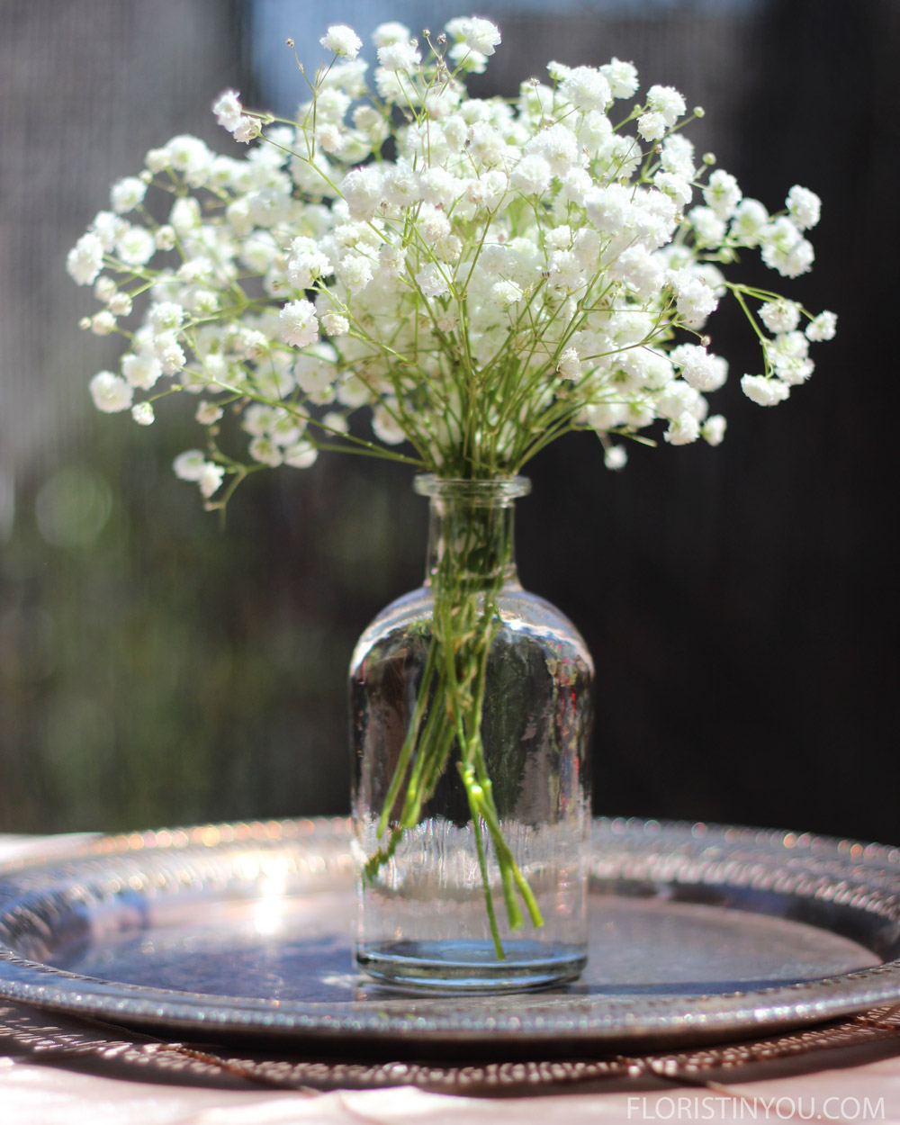 5 Beautiful Ways To Use Narrow Neck Vases Floristinyou with regard to measurements 1000 X 1250