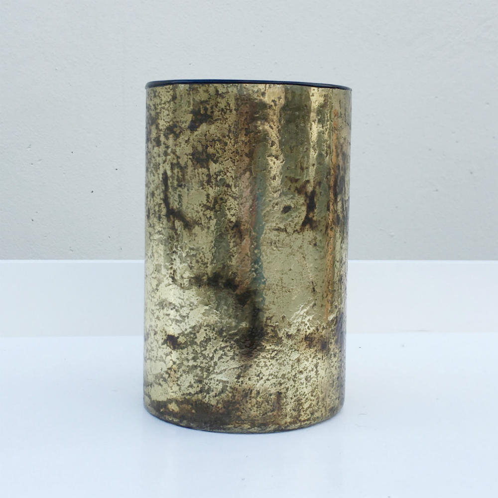 Gold Foil Vase Flowers Major And Minor Wedding Hire Wanaka Hire with size 1000 X 1000